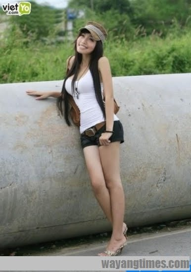 https://3wibowo.files.wordpress.com/2011/06/pretty-vietnamese-elly-tran-ha152.jpg?w=210
